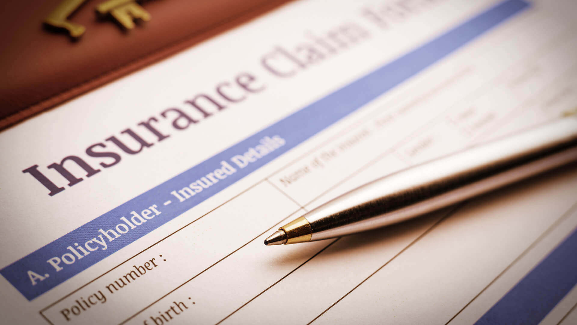 How To Handle An Insurance Adjuster When Filing A Claim Las