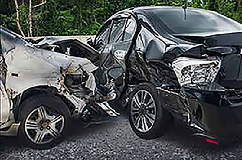 Seven Things to Consider When Hiring a Lawyer After a Car Accident